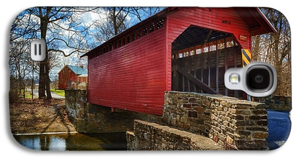 Old Roadway Galaxy S4 Cases - Roddy Road Covered Bridge Galaxy S4 Case by Joan Carroll