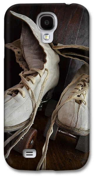 Antique Skates Galaxy S4 Cases - Roll Away Galaxy S4 Case by Michelle Calkins
