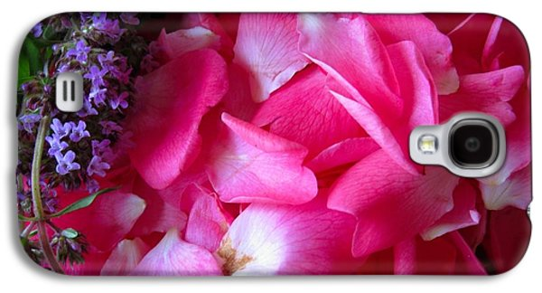 Pinks And Purple Petals Photographs Galaxy S4 Cases - Rose Petals and Thyme Galaxy S4 Case by Margaret Newcomb