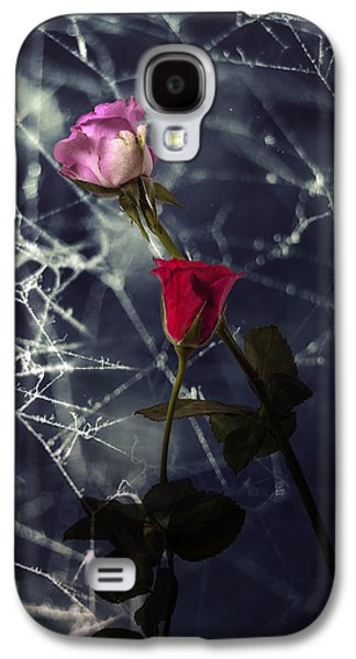 Roses With Coweb Galaxy S4 Case by Joana Kruse