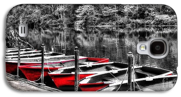 White River Scene Photographs Galaxy S4 Cases - Row of Red Rowing Boats Galaxy S4 Case by Kaye Menner