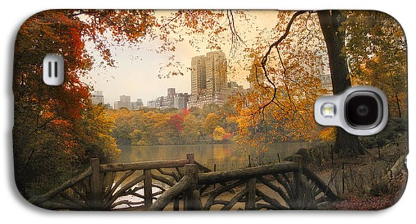 Rustic City View Galaxy S4 Case by Jessica Jenney