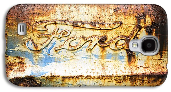 Rusted Cars Galaxy S4 Cases - Rusty Old Ford Closeup Galaxy S4 Case by Edward Fielding
