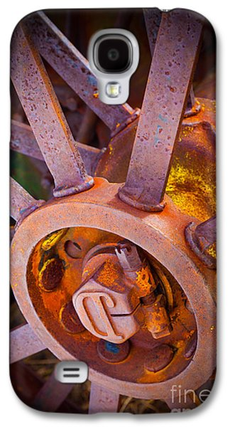 Machinery Galaxy S4 Cases - Rusty Spokes Galaxy S4 Case by Inge Johnsson