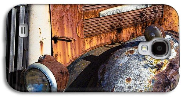 Rusty Truck Detail Galaxy S4 Case by Garry Gay