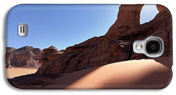Saharan Rock Formations Galaxy S4 Case by Martin Rietze