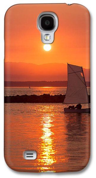 Best Sailing Photos Galaxy S4 Cases - Sailors Solitude 2 Galaxy S4 Case by Scott Campbell