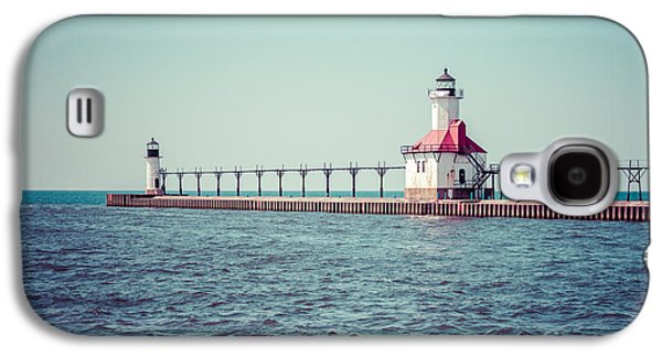 Lake House Galaxy S4 Cases - Saint Joseph Michigan Lighthouse Retro Picture  Galaxy S4 Case by Paul Velgos