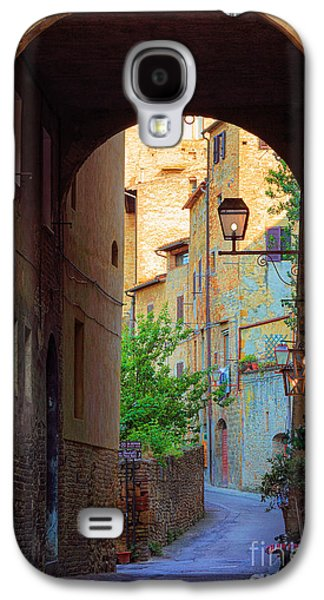 Landscapes Photographs Galaxy S4 Cases - San Gimignano Archway Galaxy S4 Case by Inge Johnsson