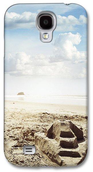 Castle Photographs Galaxy S4 Cases - Sand castle Galaxy S4 Case by Les Cunliffe