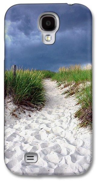 Sand Dunes Galaxy S4 Cases - Sand Dune under Storm Galaxy S4 Case by Olivier Le Queinec