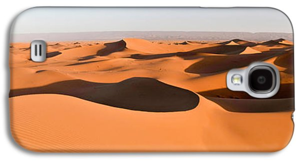 Sand Dunes In A Desert, Erg Chigaga Galaxy S4 Case by Panoramic Images