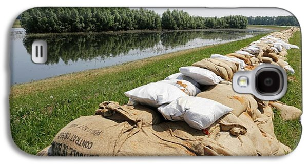 Sandbags On A Dike Galaxy S4 Case by Michael Szoenyi
