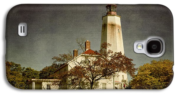 Landmarks Photographs Galaxy S4 Cases - Sandy Hook Lighthouse Galaxy S4 Case by Joan Carroll