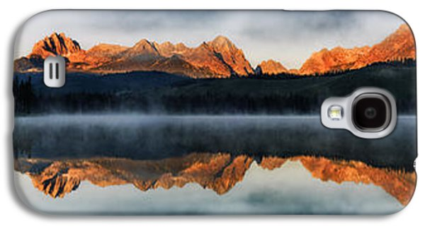 Reflections Of Sun In Water Galaxy S4 Cases - Sawtooth mountain range Panorama Galaxy S4 Case by Vishwanath Bhat