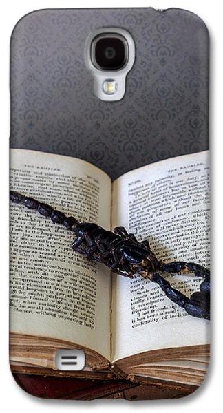 Creepy Galaxy S4 Cases - Scorpion Galaxy S4 Case by Joana Kruse