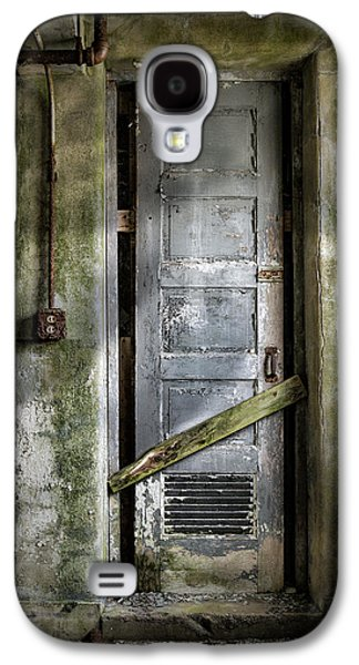 Science Fiction Photographs Galaxy S4 Cases - Sealed door - The Old door Galaxy S4 Case by Gary Heller