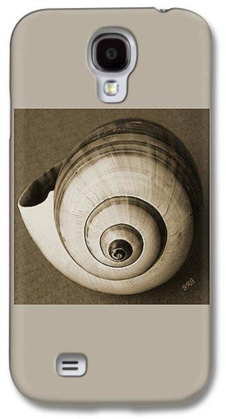 Seashell Digital Art Galaxy S4 Cases - Seashells Spectacular No 25 Galaxy S4 Case by Ben and Raisa Gertsberg