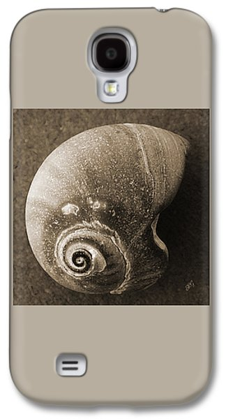 Seashell Digital Art Galaxy S4 Cases - Seashells Spectacular No 31 Galaxy S4 Case by Ben and Raisa Gertsberg