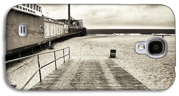 Seaside Heights Galaxy S4 Cases - Seaside Beach Entry Galaxy S4 Case by John Rizzuto