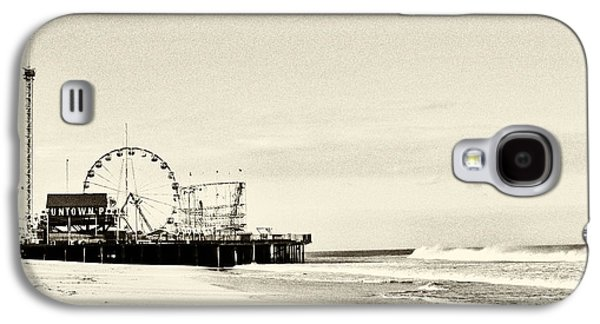 Seaside Heights Photographs Galaxy S4 Cases - Seaside Heights Funtown Pier Vintage  Galaxy S4 Case by Terry DeLuco