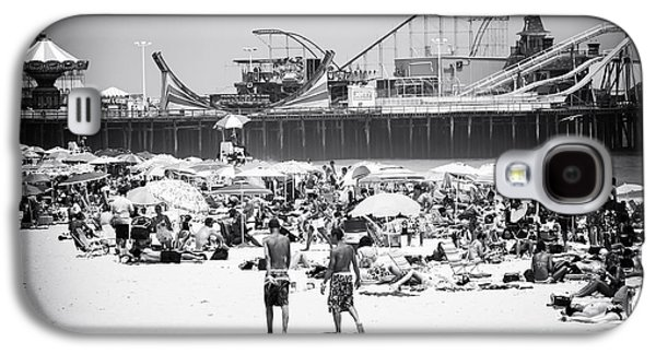 Seaside Heights Photographs Galaxy S4 Cases - Seaside Heights Galaxy S4 Case by John Rizzuto
