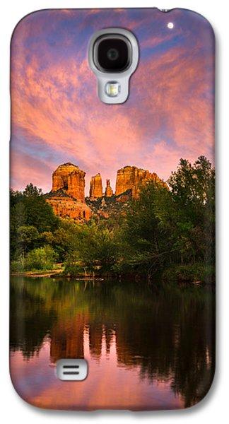 Cathedral Rock Photographs Galaxy S4 Cases - Sedona Moonrise Galaxy S4 Case by Adam  Schallau