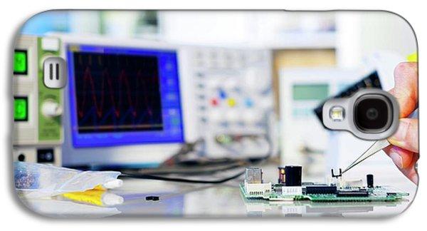 Semiconductor Galaxy S4 Case by Wladimir Bulgar