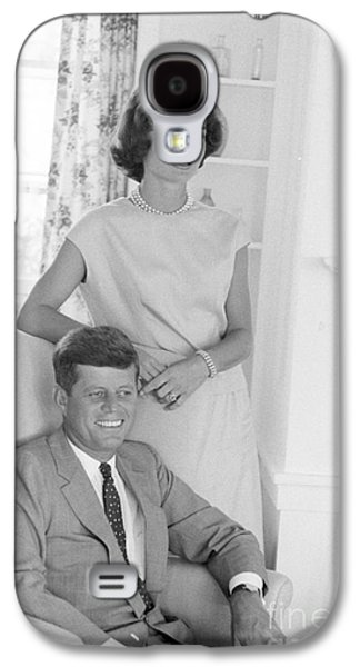 First-lady Galaxy S4 Cases - Senator John F. Kennedy and Jacqueline at Hyannis Port 1959 Galaxy S4 Case by The Phillip Harrington Collection
