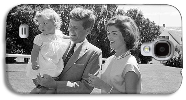 First-lady Galaxy S4 Cases - Senator John F. Kennedy with Jacqueline and Caroline Galaxy S4 Case by The Phillip Harrington Collection