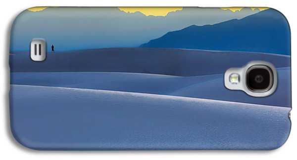Sunset Abstract Galaxy S4 Cases - Sense of Scale - White Sands - Sunset Galaxy S4 Case by Nikolyn McDonald