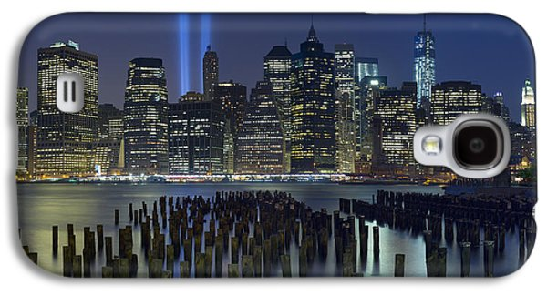 Landscape Photographs Galaxy S4 Cases - September 11 Galaxy S4 Case by Rick Berk