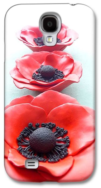 Floral Ceramics Galaxy S4 Cases - Set of three red poppy flowers Galaxy S4 Case by Lenka Kasprisin