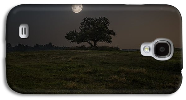 Setting Galaxy S4 Cases - Setting Moon Galaxy S4 Case by Aaron J Groen