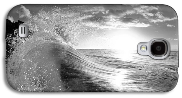 Ocean Photographs Galaxy S4 Cases - Shiny Comforter Galaxy S4 Case by Sean Davey