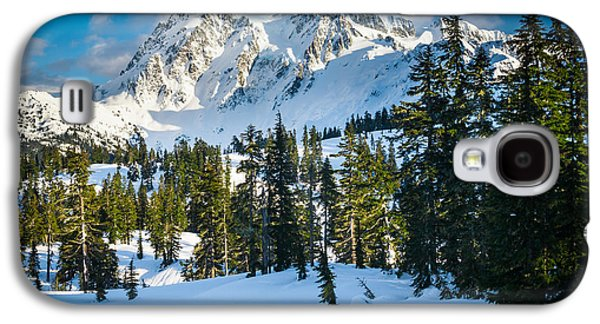 Park Scene Galaxy S4 Cases - Shuksan Winter Paradise Galaxy S4 Case by Inge Johnsson