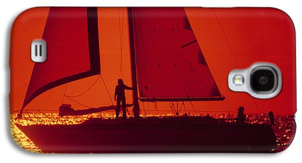Sailboat Images Galaxy S4 Cases - Silhouette Of A Sailboat In A Lake Galaxy S4 Case by Panoramic Images