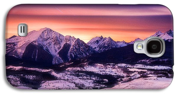 Landscape Framed Prints Galaxy S4 Cases - Silverthorne Nights Galaxy S4 Case by Darren  White