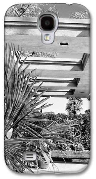 Frank Sinatra Paintings Galaxy S4 Cases - SINATRA PATIO BW Palm Springs Galaxy S4 Case by William Dey