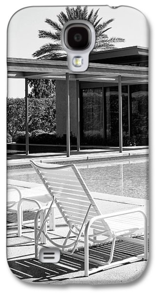 Chair Galaxy S4 Cases - SINATRA POOL BW Palm Springs Galaxy S4 Case by William Dey