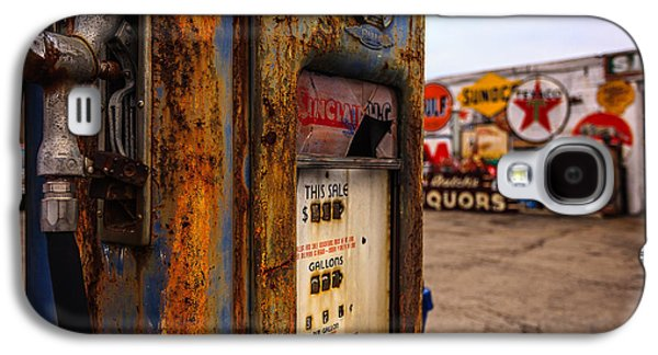 Indiana Landscapes Photographs Galaxy S4 Cases - Sinclair Gas Pump Galaxy S4 Case by Keith Allen