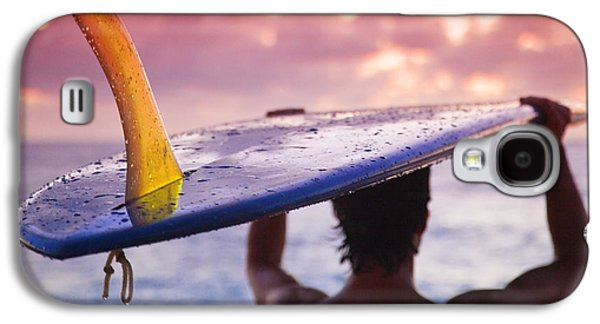 Sunset Framed Prints Galaxy S4 Cases - Single Fin Surfer Galaxy S4 Case by Sean Davey