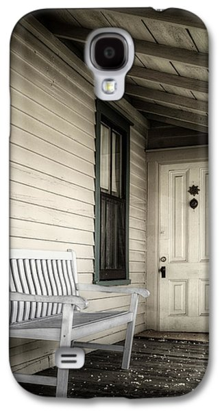 Overhang Photographs Galaxy S4 Cases - Sit Awhile Galaxy S4 Case by Joan Carroll