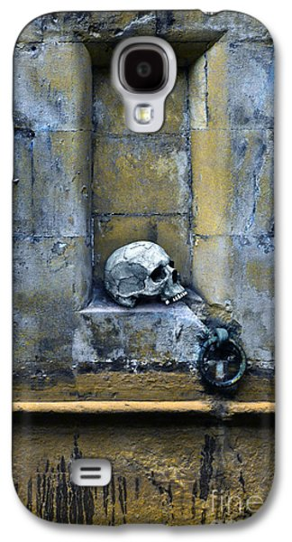 Old Relics Galaxy S4 Cases - Skull in Wall Galaxy S4 Case by Jill Battaglia