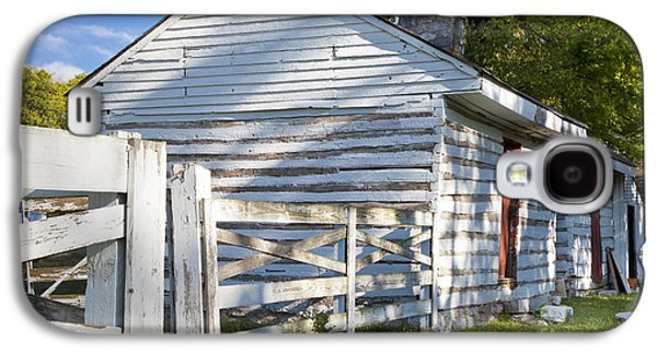 Slaves Galaxy S4 Cases - Slave Huts on Southern Farm Galaxy S4 Case by Brian Jannsen