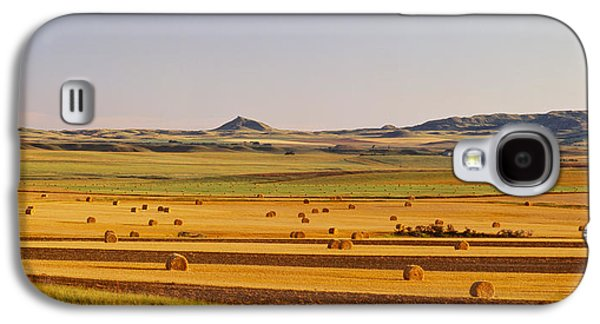 Hay Bales Galaxy S4 Cases - Slope Country Nd Usa Galaxy S4 Case by Panoramic Images