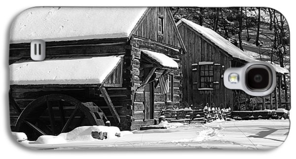 Winter Road Scenes Galaxy S4 Cases - Snow Bound in Black and White Galaxy S4 Case by Paul Ward