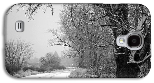 Old Country Roads Photographs Galaxy S4 Cases - Snowy Branch over Country Road - Black and White Galaxy S4 Case by Carol Groenen