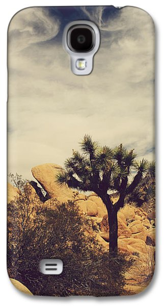 Laurie Search Photographs Galaxy S4 Cases - Solitary Man Galaxy S4 Case by Laurie Search