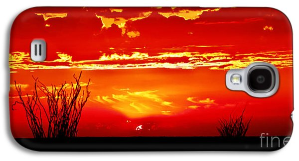 Haybale Photographs Galaxy S4 Cases - Southwest Sunset Galaxy S4 Case by Robert Bales